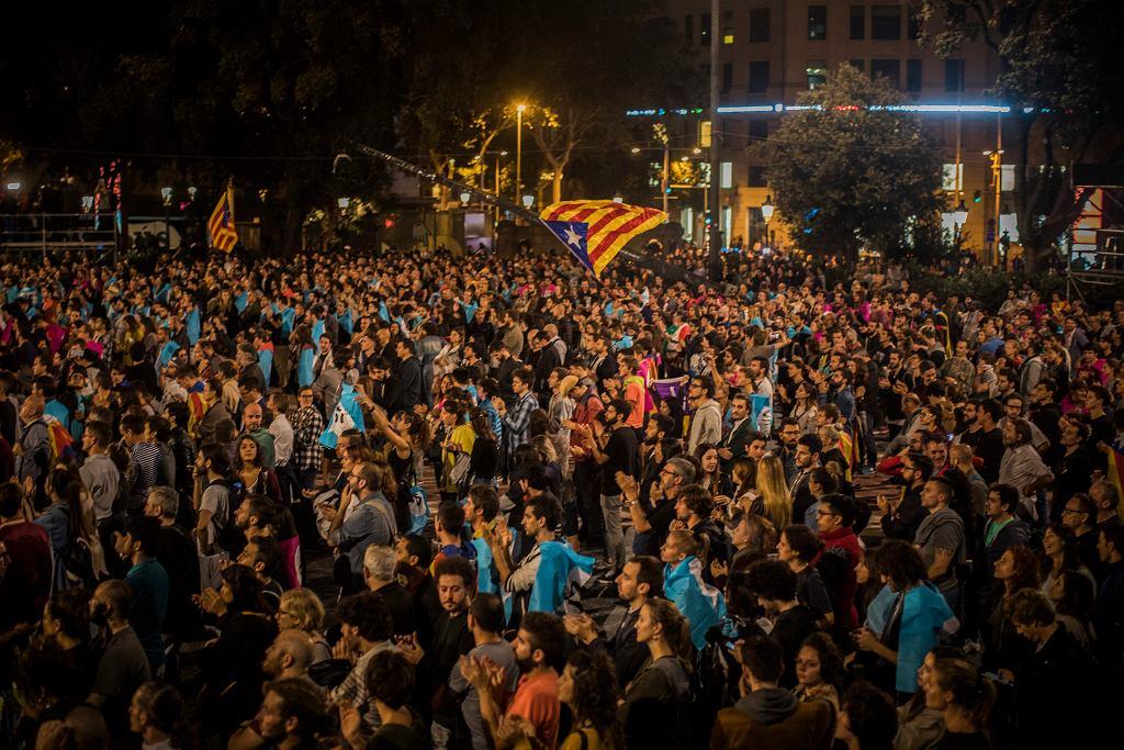 Zwolennicy niepodległości Katalonii w Barcelonie