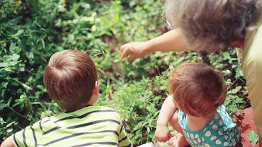 Kontakt wnuków z dziadkami jest bardzo ważny dla obu stron