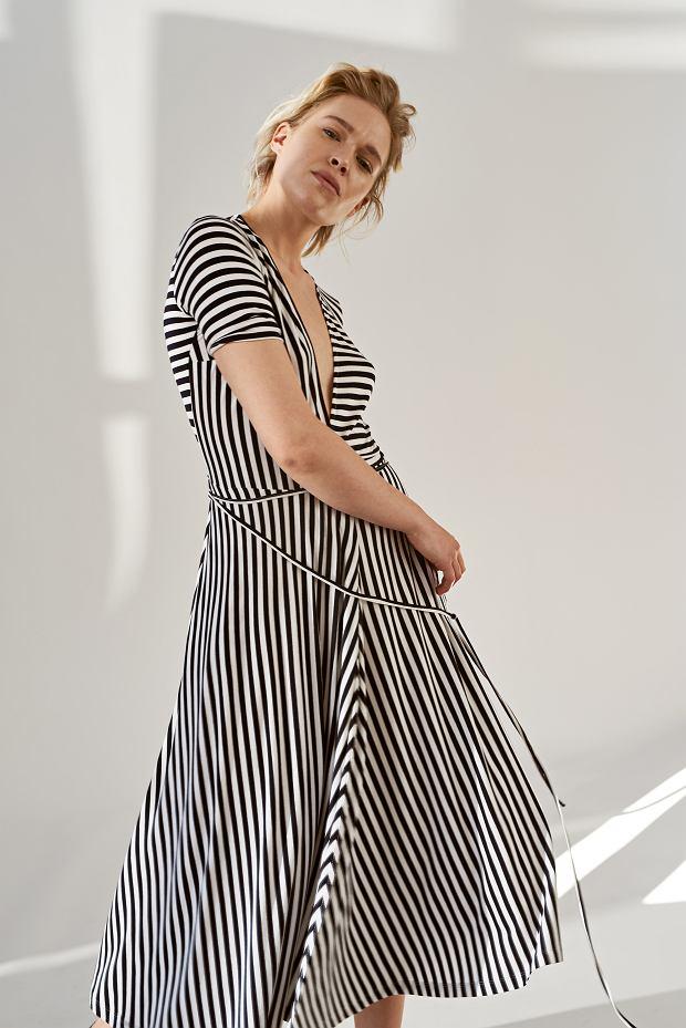 Sukienka w paski z wiosennej kolekcji RISK made in Warsaw