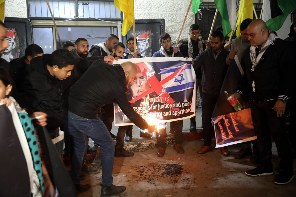 Betlejem. Protest przeciwko ogłoszeniu planu Donalda Trumpa