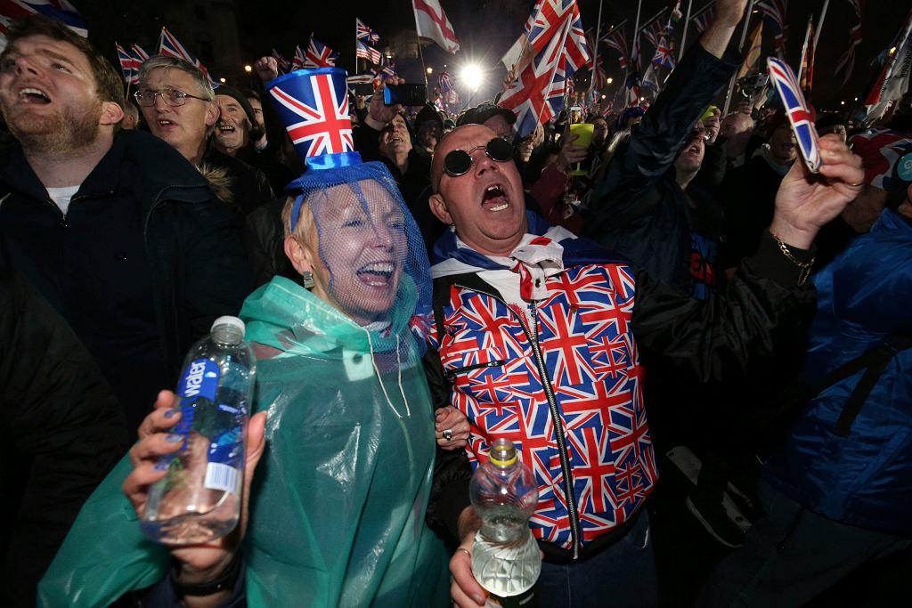 Londyńscy zwolennicy Brexitu świętują wyjście z Unii Europejskiej.