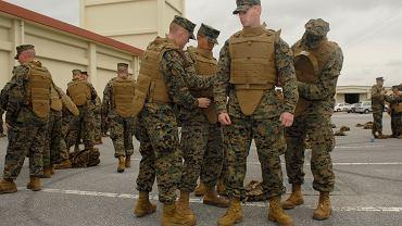 Kamizelki kuloodporne / żołnierze US Marines