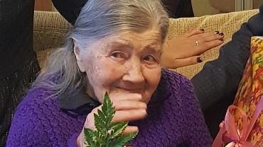 Koronawirus i dobre wieści. Po dwóch tygodniach leczenia ze szpitala wyszła 101-latka