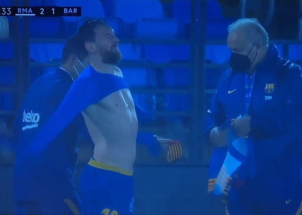 Messi w trakcie meczu zmienił strój