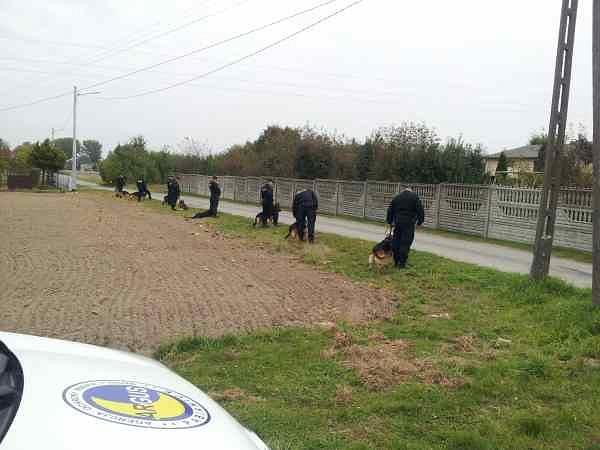 Policja przed meczem ŁKS z Czarnymi Rząśnia