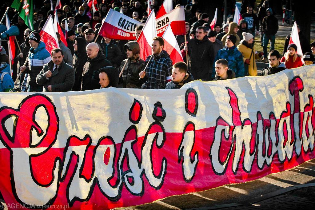Hajnówka, marsz pamięci żołnierzy wyklętych  zorganizowany przez ONR Białystok, Narodową Hajnówkę i Stowarzyszenie Danuty Siedzikówny  'Inki'