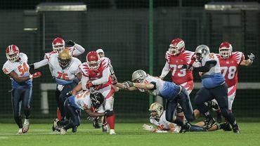W sobotę na stadionie Polonii reprezentacja Polski w futbolu amerykańskim przegrała z Holandią 14:37