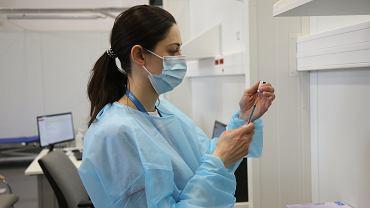 Szczepionka przeciwko COVID-19.