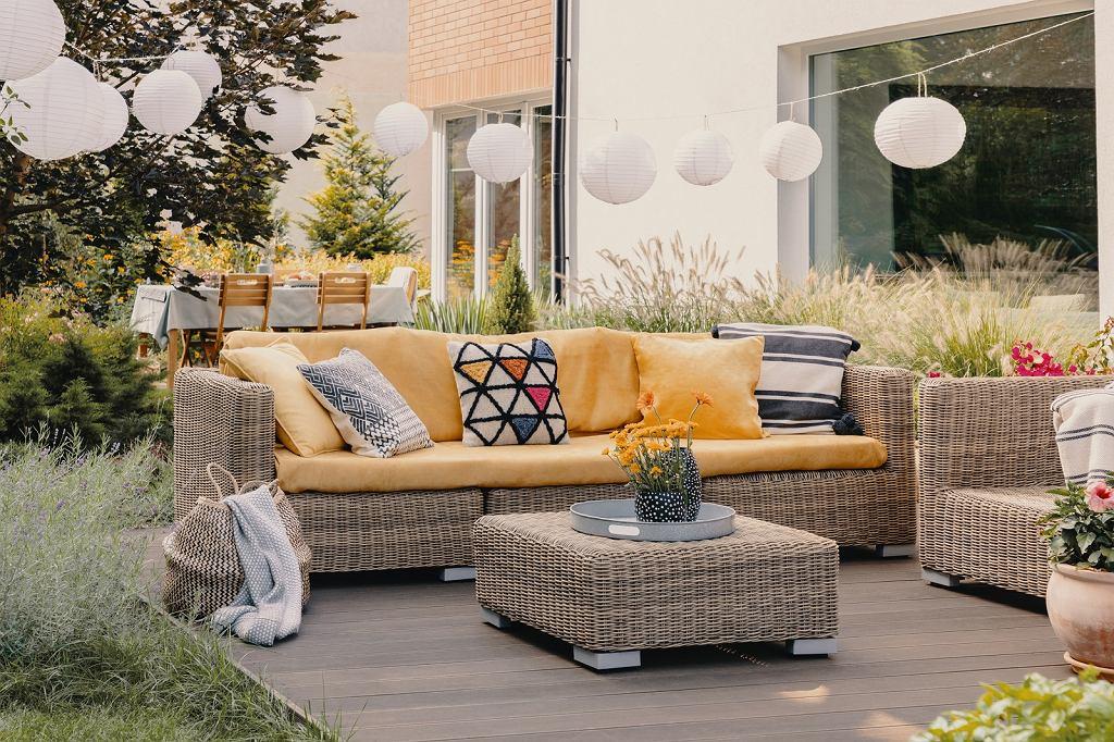 Poduszki dekoracyjne do ogrodu