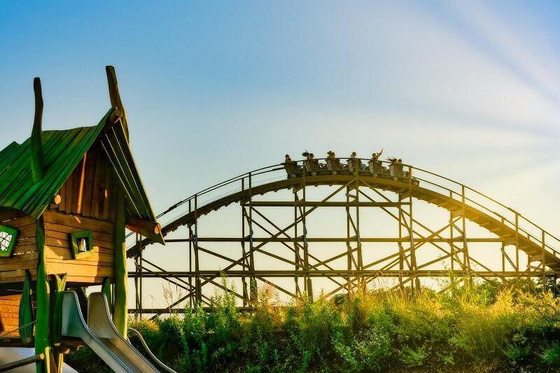 W parku jedną z atrakcji będzie rollercoaster