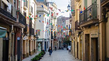 Główna ulica w dzielnicy Sarria