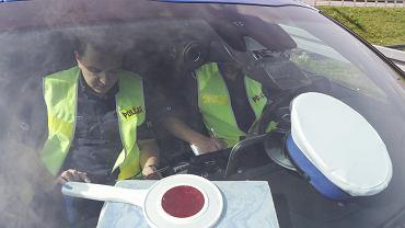 Nowe radiowozy - policja kupiła 90 nieoznakowanych toyot