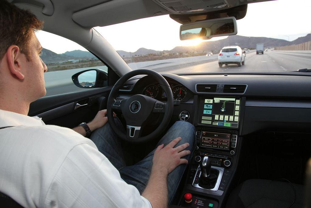 Samochód z autopilotem