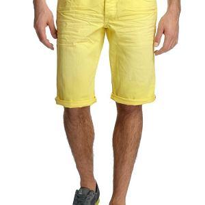 Spodnie z kolekcji Esprit. Cena: 200 zł