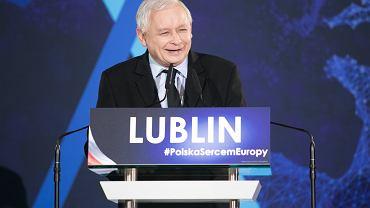 Hat trick Kaczyńskiego - Jarosław Kaczyński złożył 3 obietnice