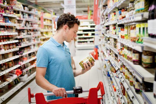 Badacze co jakiś czas alarmują, że Polacy nie czytają etykiet, które znajdują się na produktach