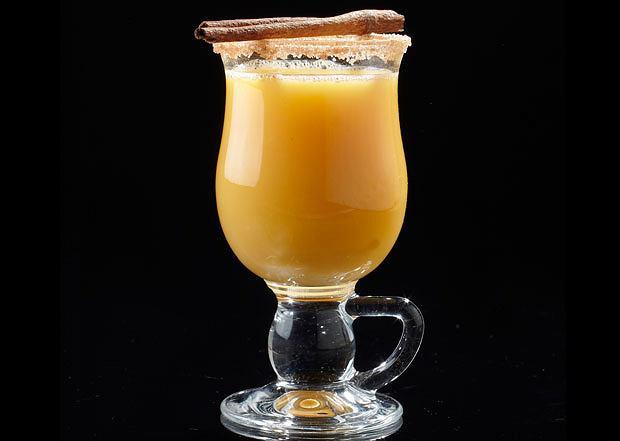 alkohol, drinki, Gorący kubek: rozgrzewające drinki, Grog w stylu karaibskim