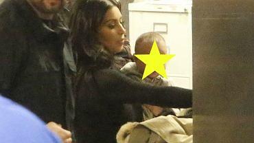 Kim Kardiashian z córeczką North na lotnisku