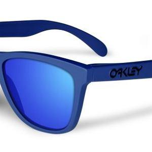 Okulary Oakley, model Frogskin Summit 3Q. Cena: 440  zł