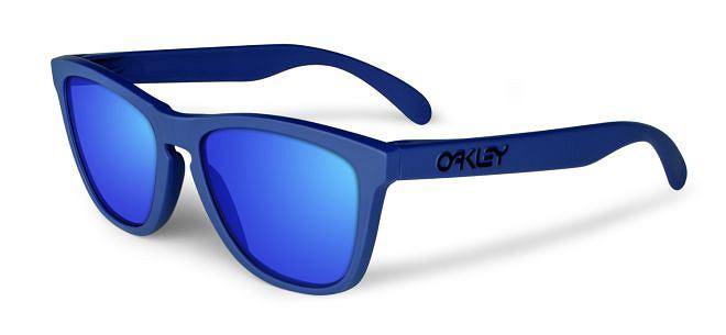 Okulary Oakley, model Frogskin Summit 3Q. Cena: 440 zł