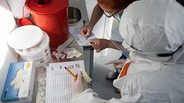 Kiedy lekarz może zlecić test na koronawirusa? Jest rozporządzenie ministra zdrowia (zdjęcie ilustracyjne)