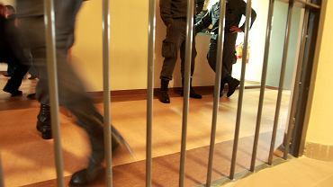 Mokotów. Uciekł z więzienia, bo chciał znaleźć dobrze płatną pracę [zdjęcie ilustracyjne]
