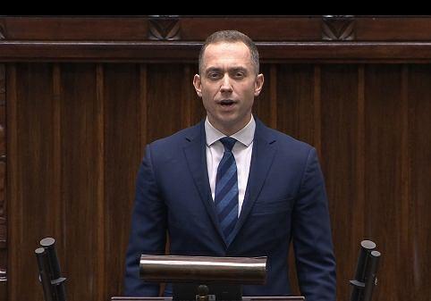 Cezary Tomczyk w wyborach parlamentarnych z 2019 r. został posłem Koalicji Obywatelskiej z okręgu sieradzkiego.