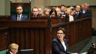 Ewa Kopacz składa dymisję rządu