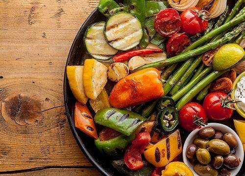 Chrupiące warzywa z rusztu