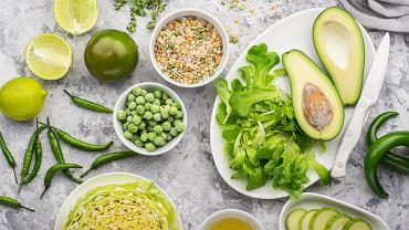 Witarianie podkreślają, że jedzenie surowych pokarmów jest najbardziej naturalne