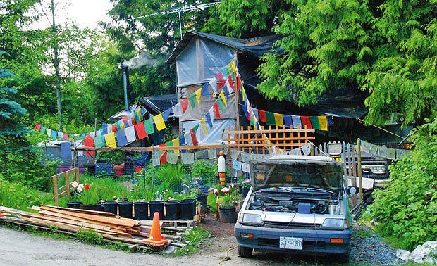 Podróże: na skraju raju czyli Kolumbia Brytyjska, ameryka północna, podróże, Buddyjska samotnia Briana z Saltspring Island.