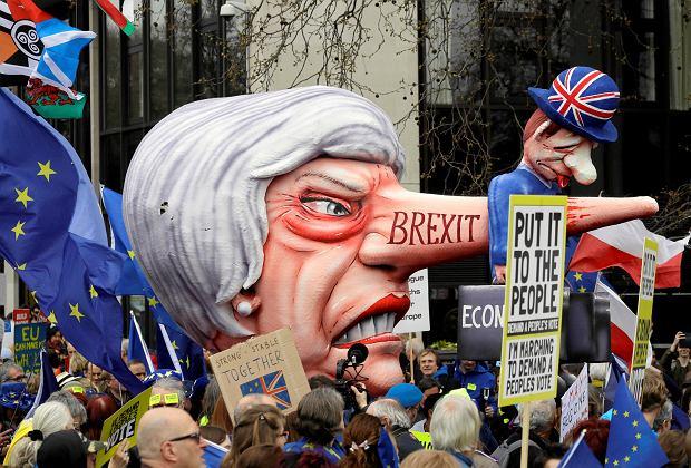 Marsz przeciwko Brexitowi w Londynie.