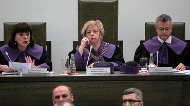 Sąd Najwyższy podczas ogłoszenia uchwały w sprawie sędziów powołanych przez nową KRS (w środku pierwsza prezes SN Małgorzata Gersdorf)