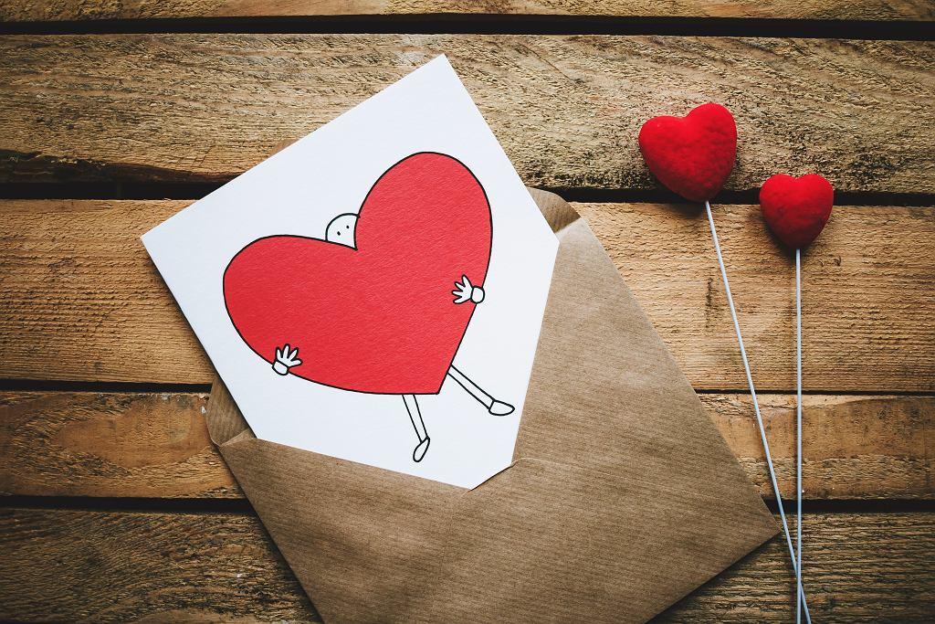 Walentynki 2021. Życzenia i rymowanki na dzień zakochanych