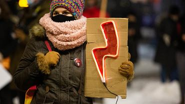 Antypisowska demonstracja przeciw zaostrzaniu prawa aborcyjnego. Kraków, 1 lutego 2021