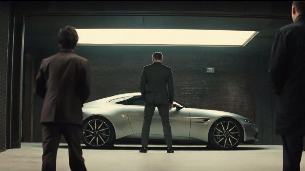 Aston Martin DB10 w filmie