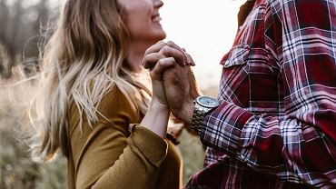 Twój znak zodiaku zdradza, jak zmieniasz się będąc w nowym związku