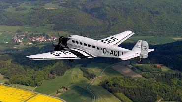 Samolot Ju-52, nazywany ciotką Ju, rozbił się w szwajcarskich Alpach