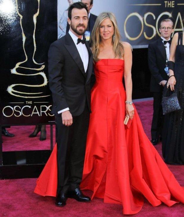 Justin Theroux i Jennifer Aniston na Oscarach w 2013 roku
