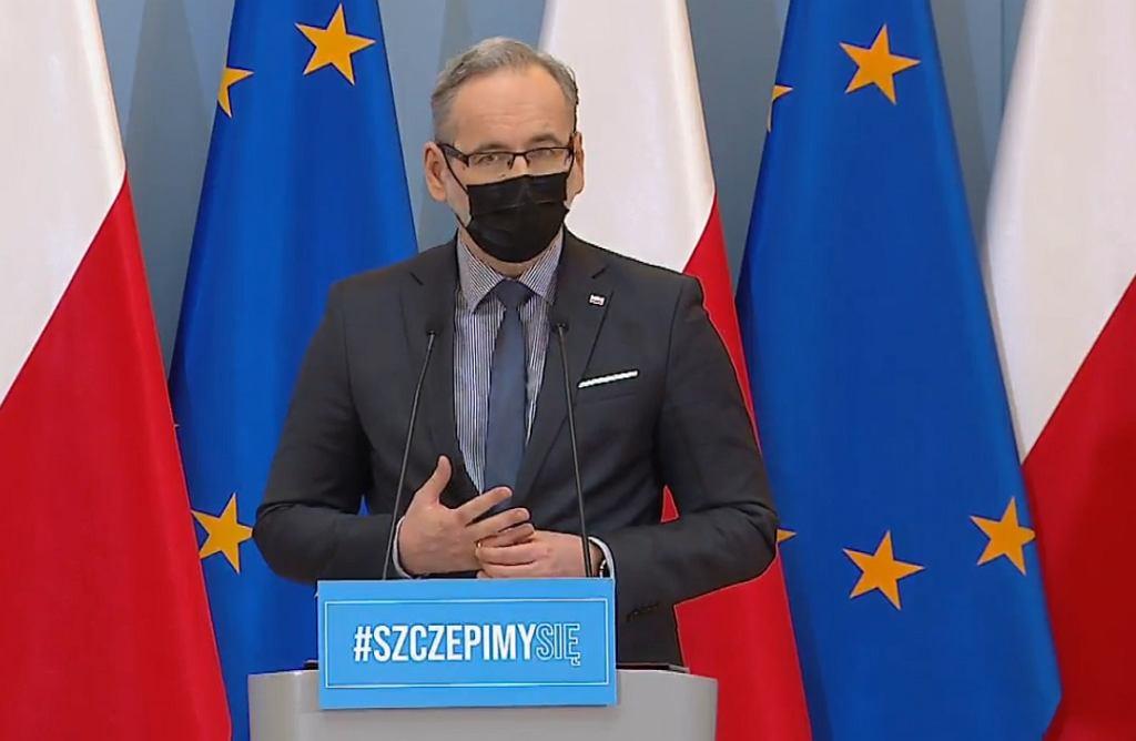 Minister Adam Niedzielski podczas konferencji 25 marca 2021