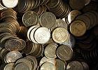 Wpłacanie monet w banku. Sprawdź, czy zapłacisz prowizję?