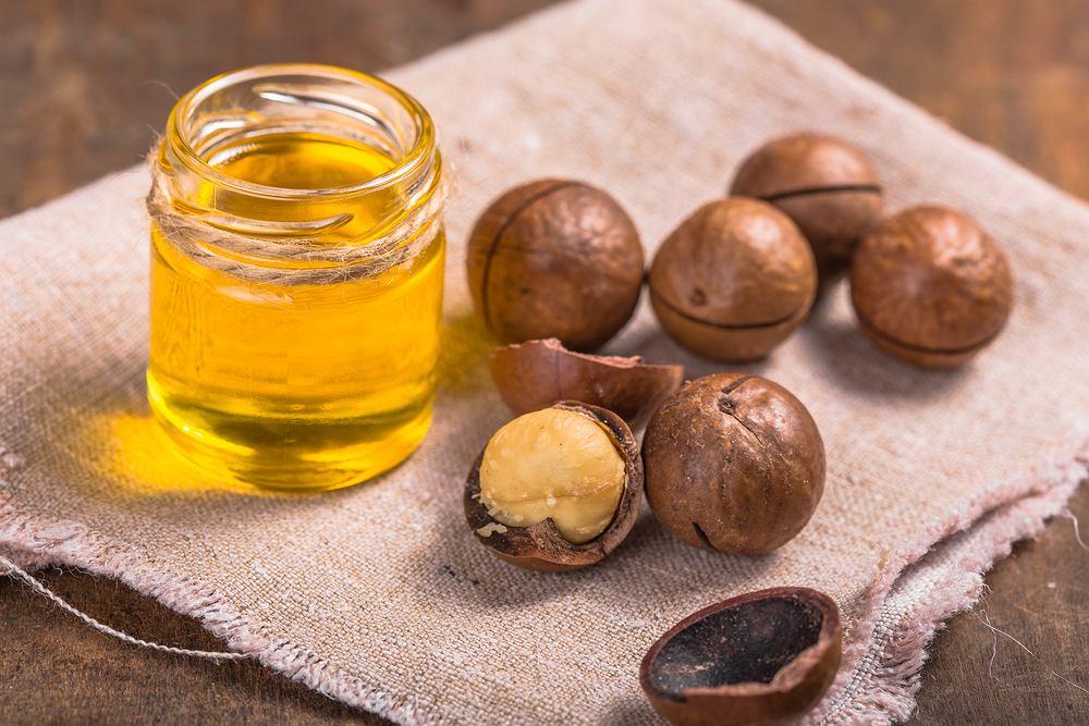 Olej makadamia - jakie ma właściwości i do czego służy? Zdjęcie ilustracyjne