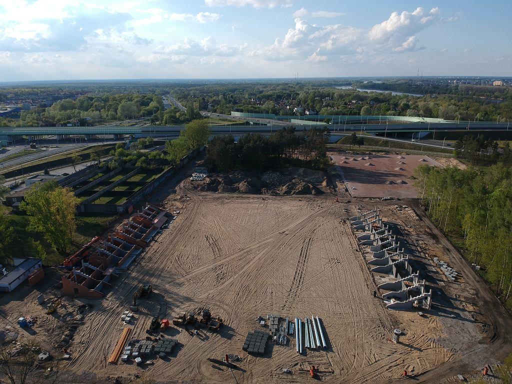 Powstaje nowoczesny stadion z całym kompleksem sportowym, z którego będzie korzystał Hutnik Warszawa