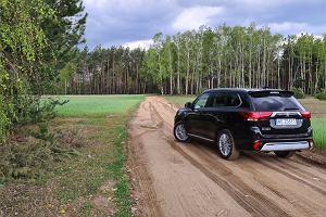 Opinie Moto.pl: Ford Kuga PHEV vs. Mitsubishi Outlander PHEV - pojedynek gigantów