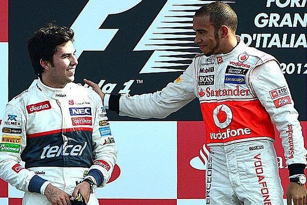 Sergio Perez i Lewis Hamilton