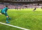 Łukasz Fabiański obronił karnego Aguero, ale złamał przepisy. Manchester City rozgromił West Ham