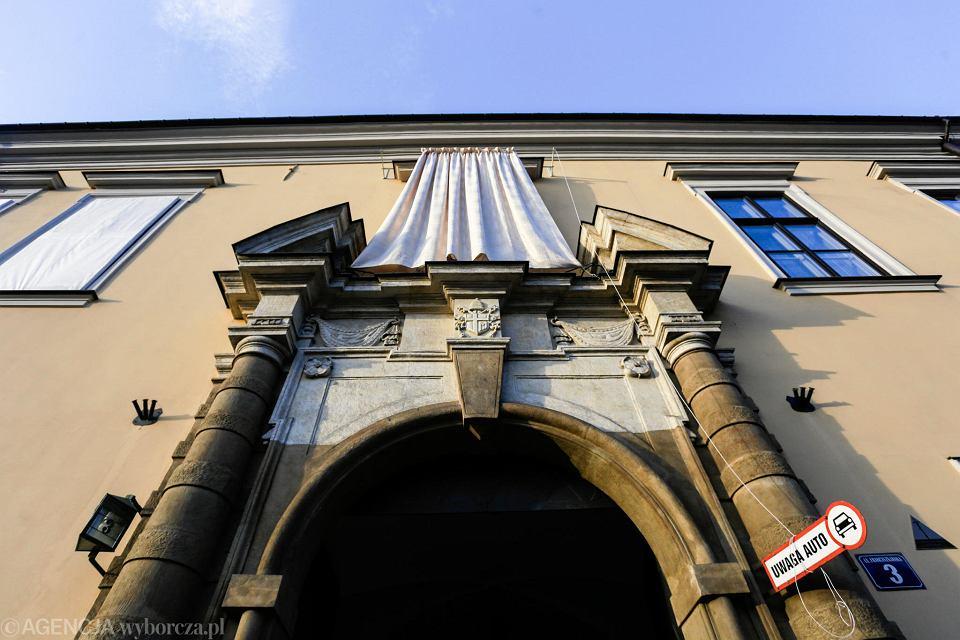 Okno papieskie na ul. Franciszkańskiej