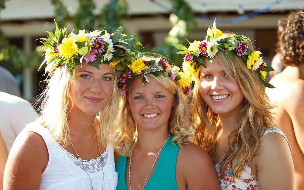 porady randki szwedzka dziewczyna chwytliwe zdanie na randki online