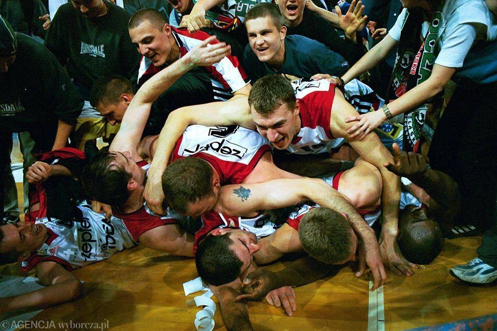 Radość koszykarzy Śląska po mistrzostwie w rekordowym sezonie