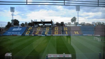 Stadion miejski, na którym gra Pogoń Szczecin. Stan obecny